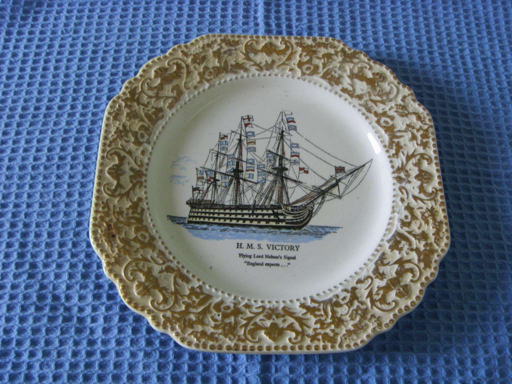 SOUVENIR PLATE FROM THE VESSEL THE HMS VICTORY