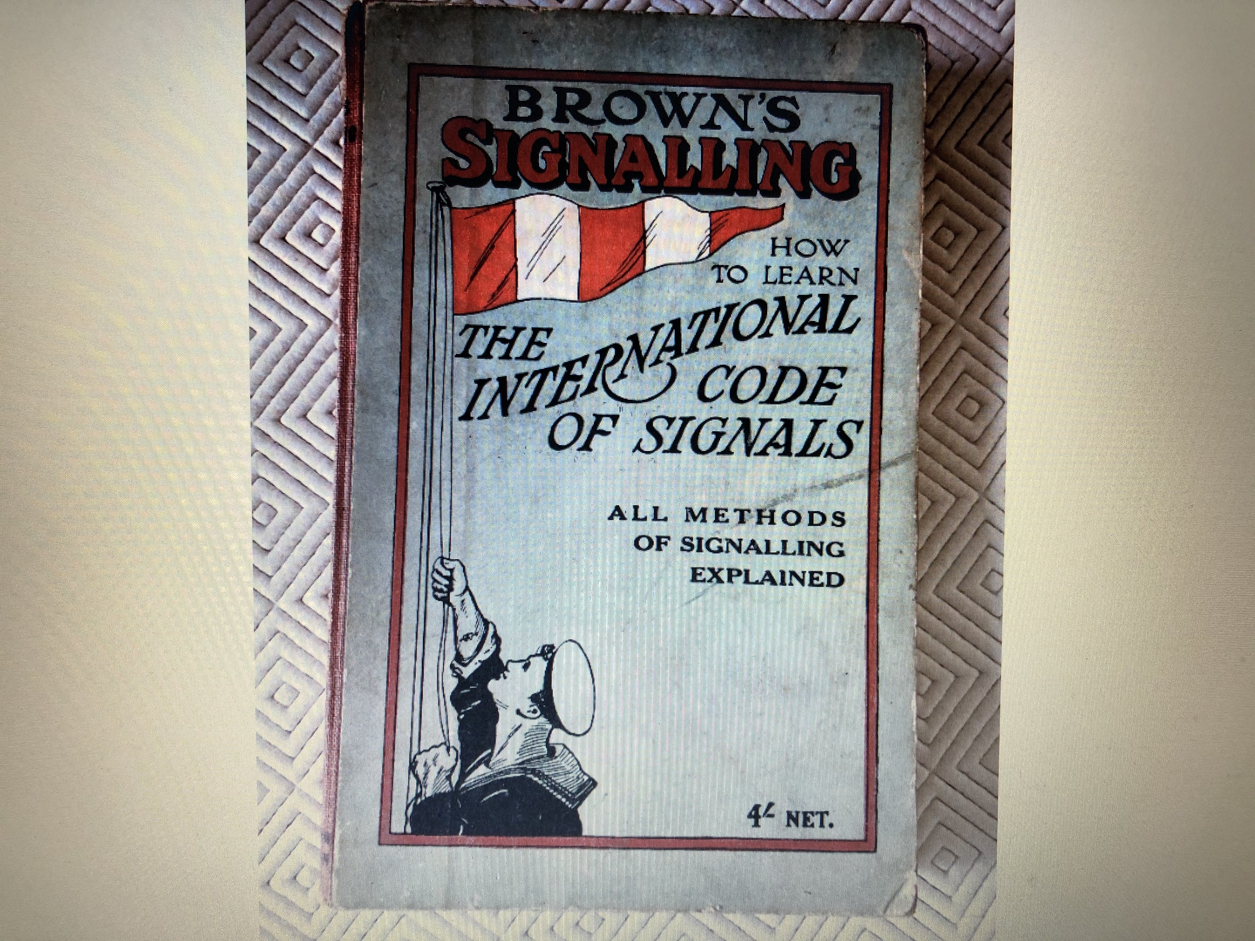 ORIGINAL EARLY EDITION BOOK FROM 1941 ENTITLED BROWN'S SIGNALLING