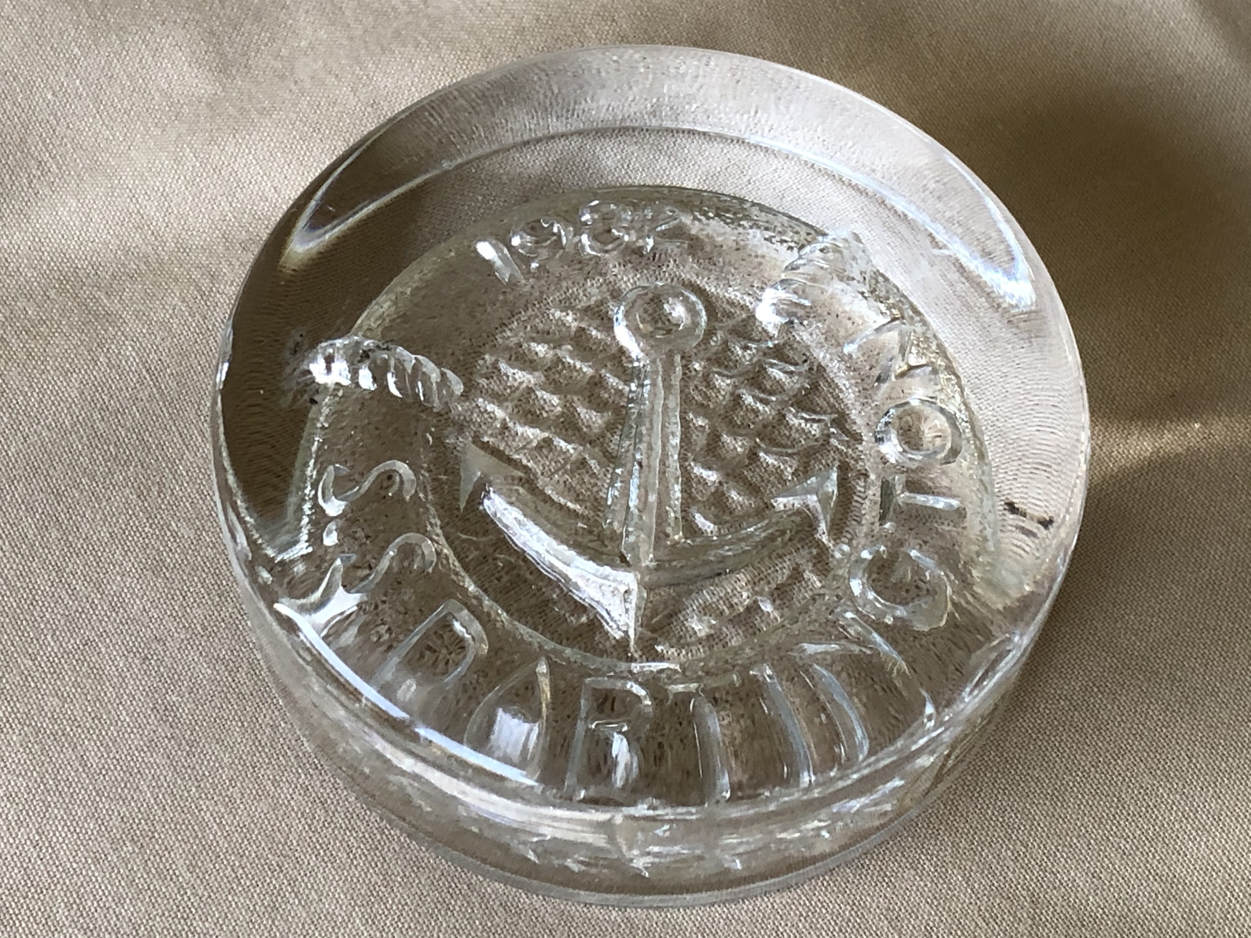 GLASS PAPERWEIGHT SOUVENIR FROM THE VESSEL THE SS DARTINGTON