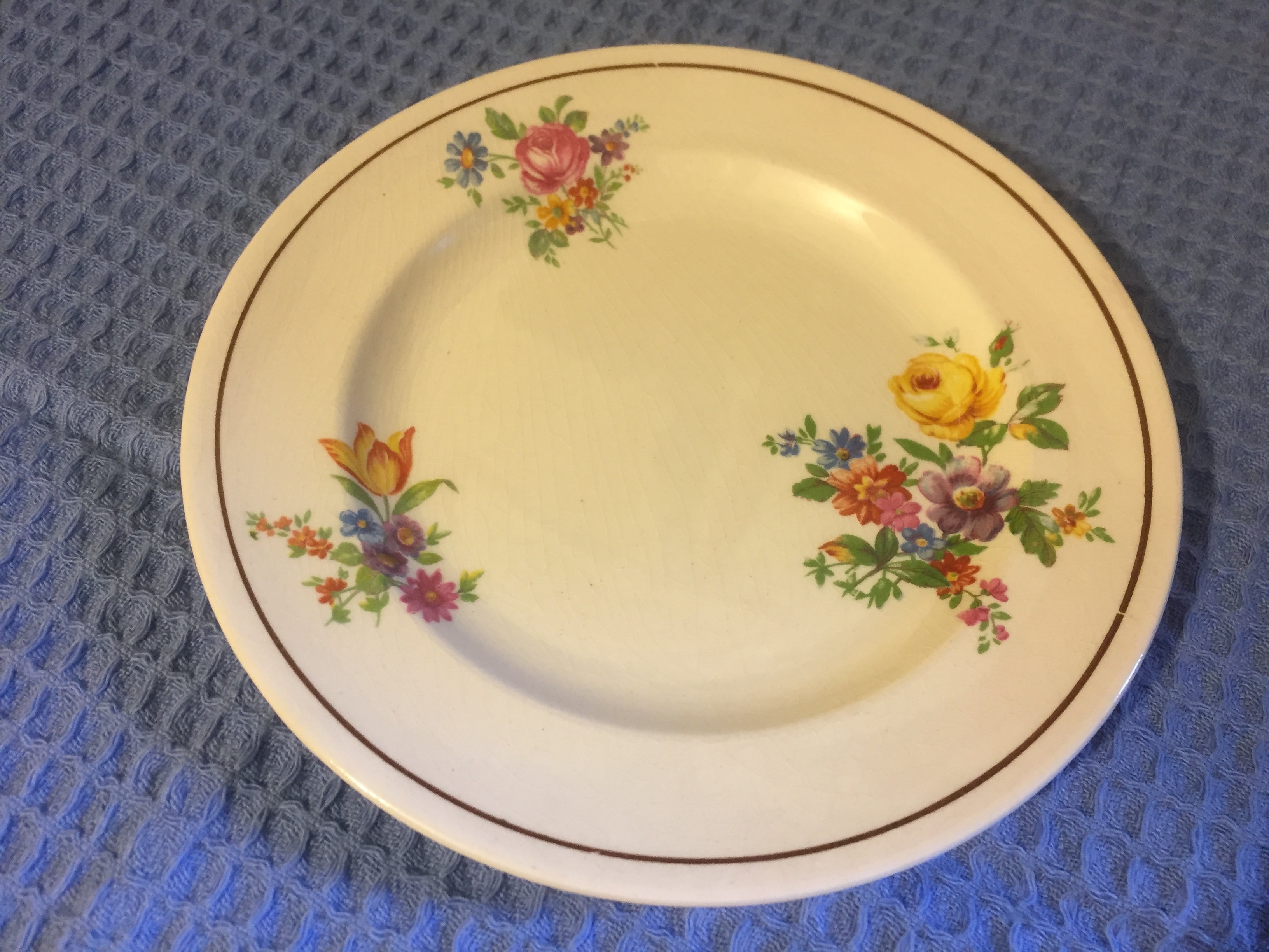 ORIGINAL DESIGN DINING SIDE PLATE FROM THE DONALDSON LINE
