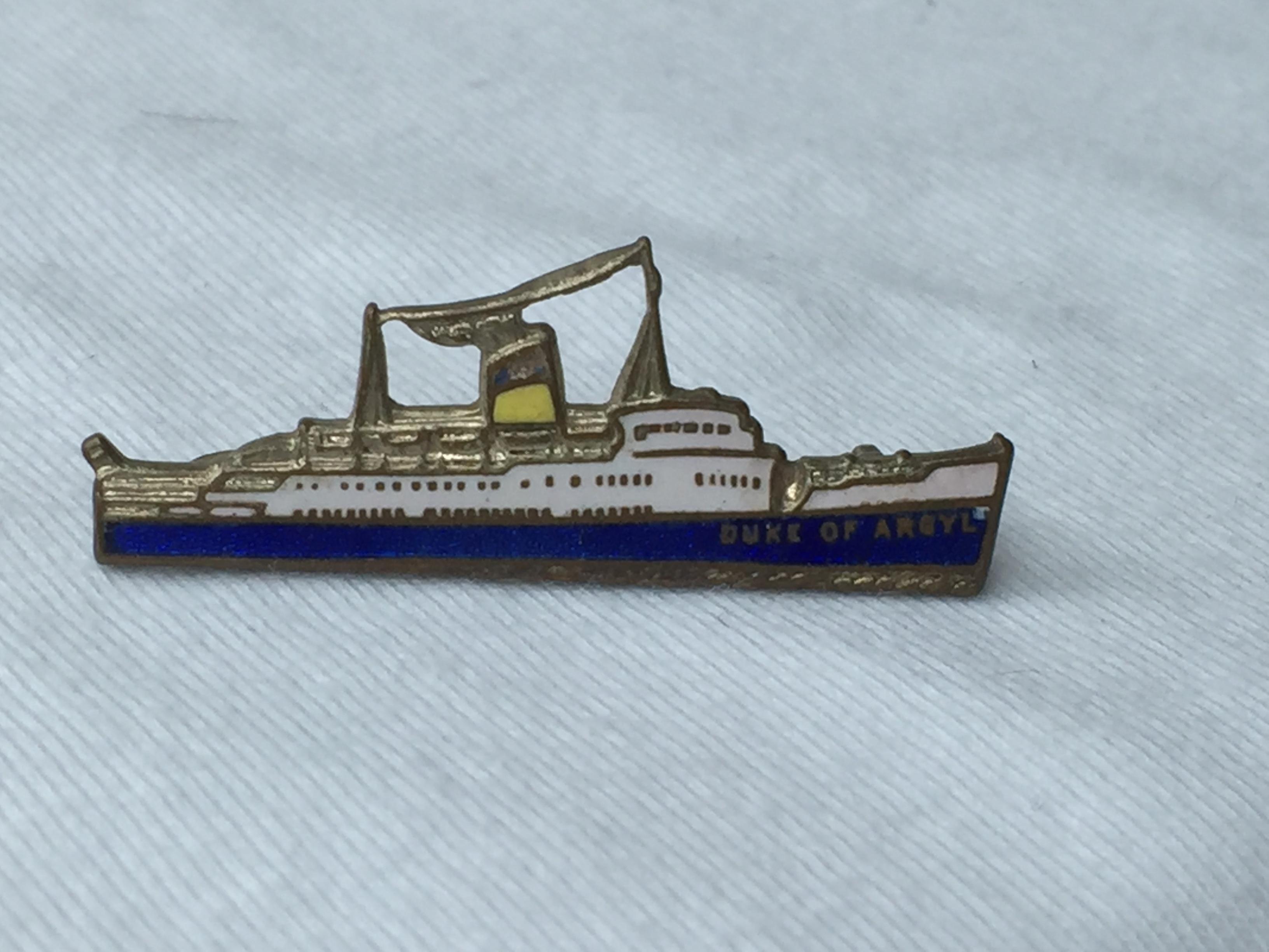 SHIP SHAPE LAPEL PIN FROM THE HEYSHAM-BELFAST FERRY CROSSING VESSEL THE DUKE OF ARGYLL