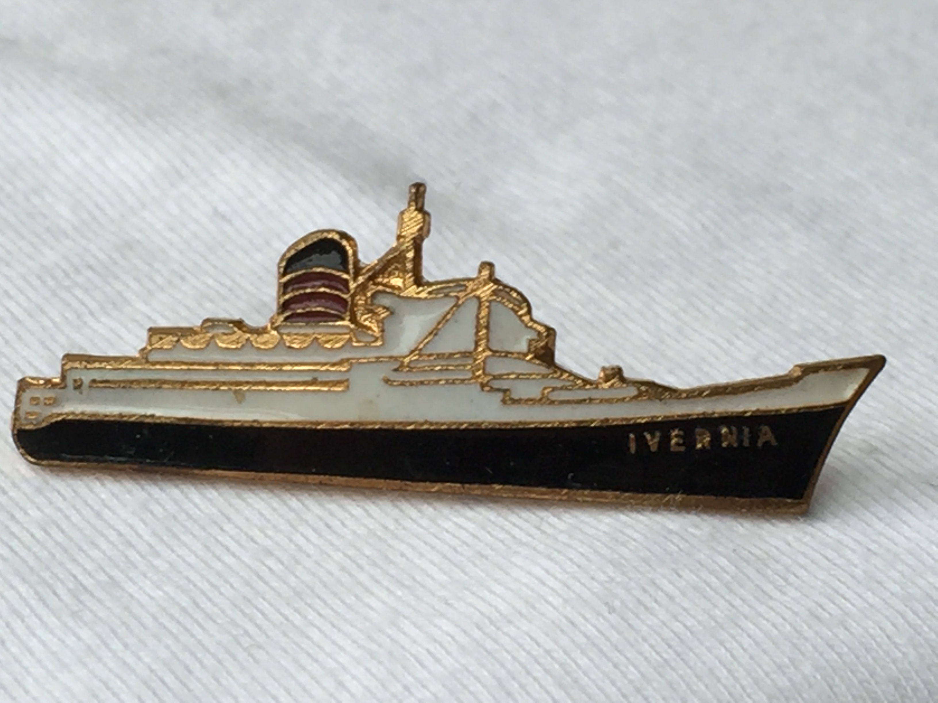 EARLY SHIP SHAPE LAPEL PIN FROM THE CUNARD LINE VESSEL THE RMS IVERNIA