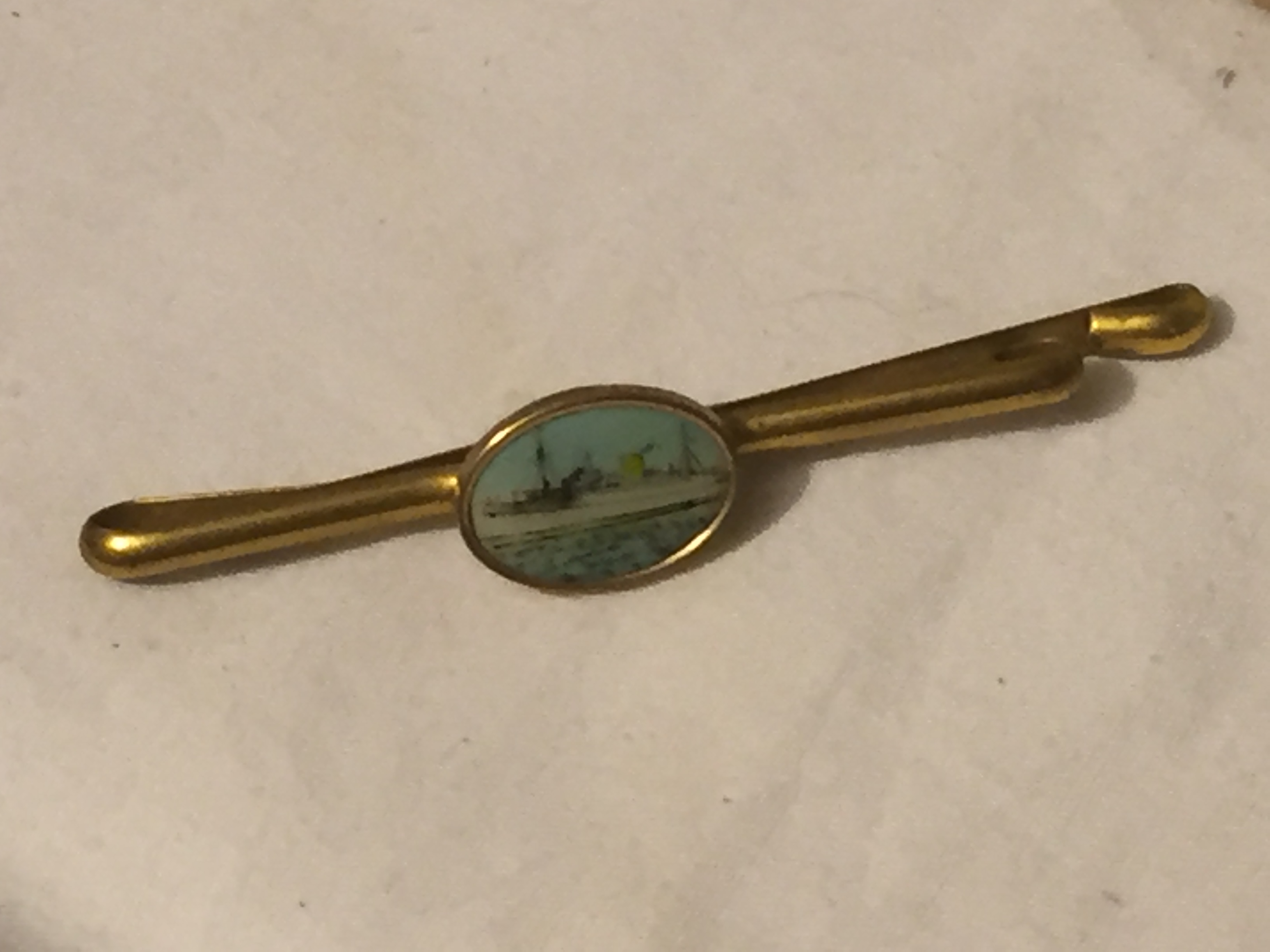 TIE PIN FROM THE FAMOUS VESSEL THE RMS MAURETANIA