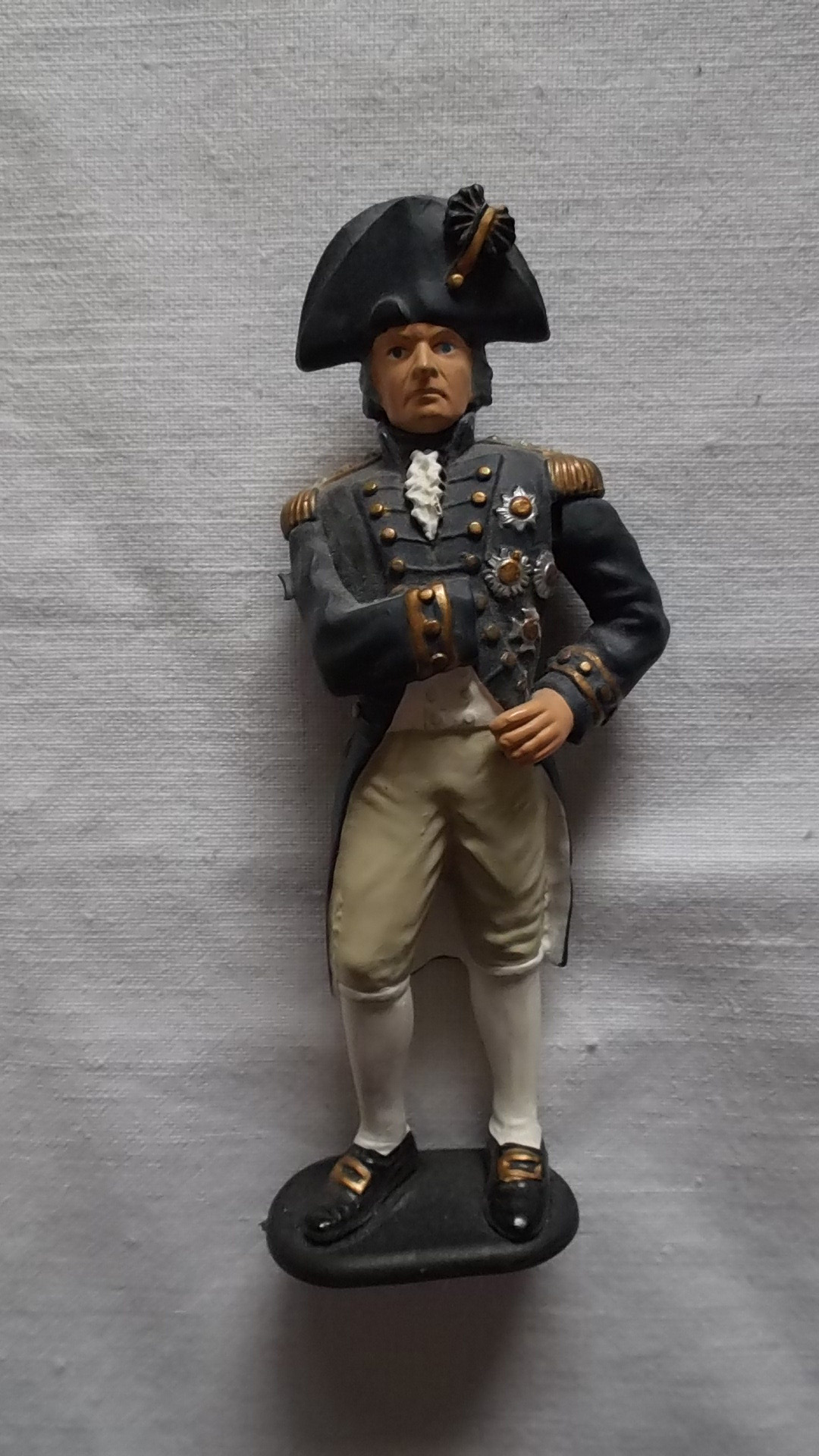 HORATIO NELSON MINIATURE FIGURE DRESSED IN FULL UNIFORM