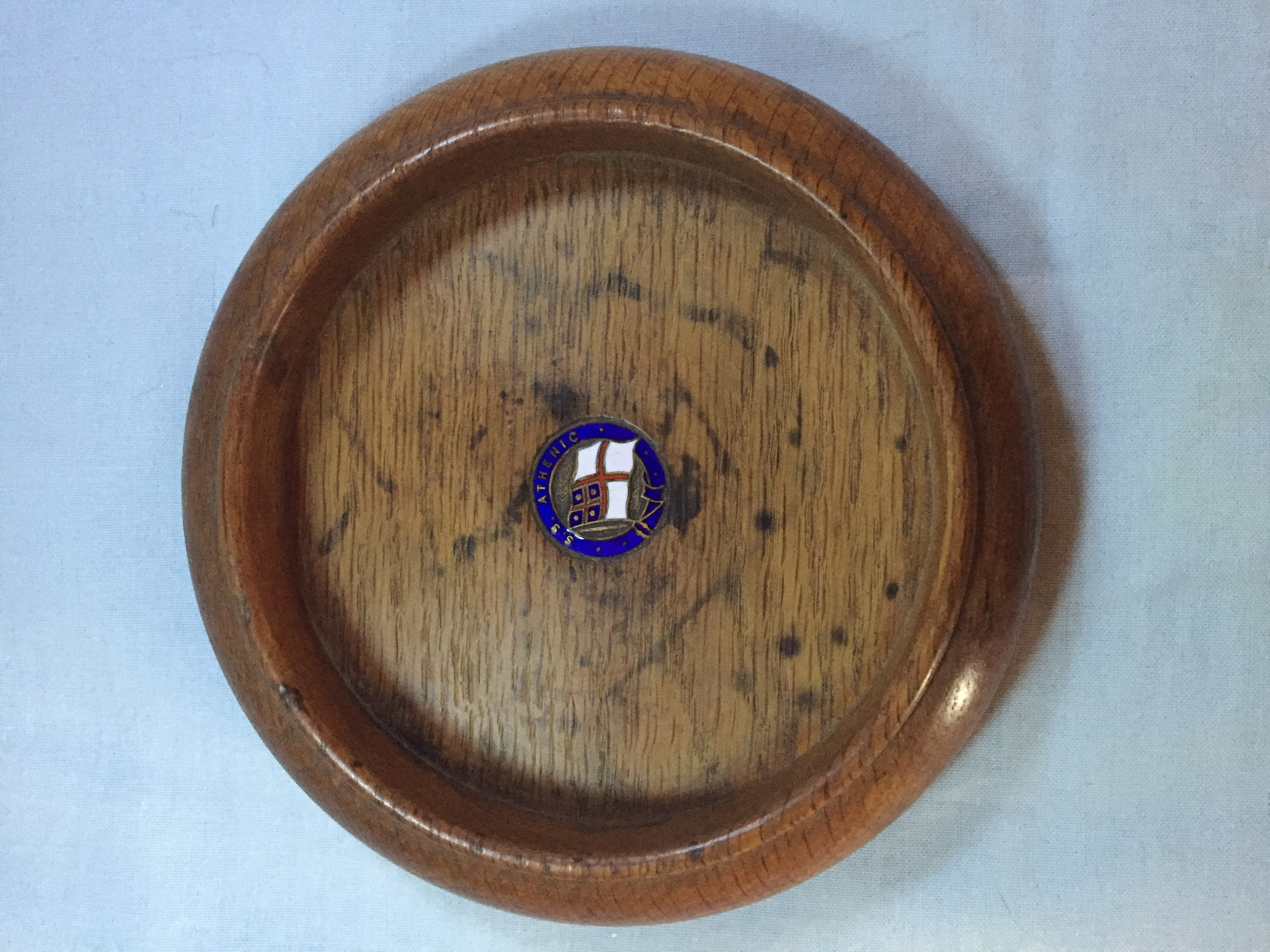 WOODEN DISH SOUVENIR FROM THE SHAW SAVILL LINE