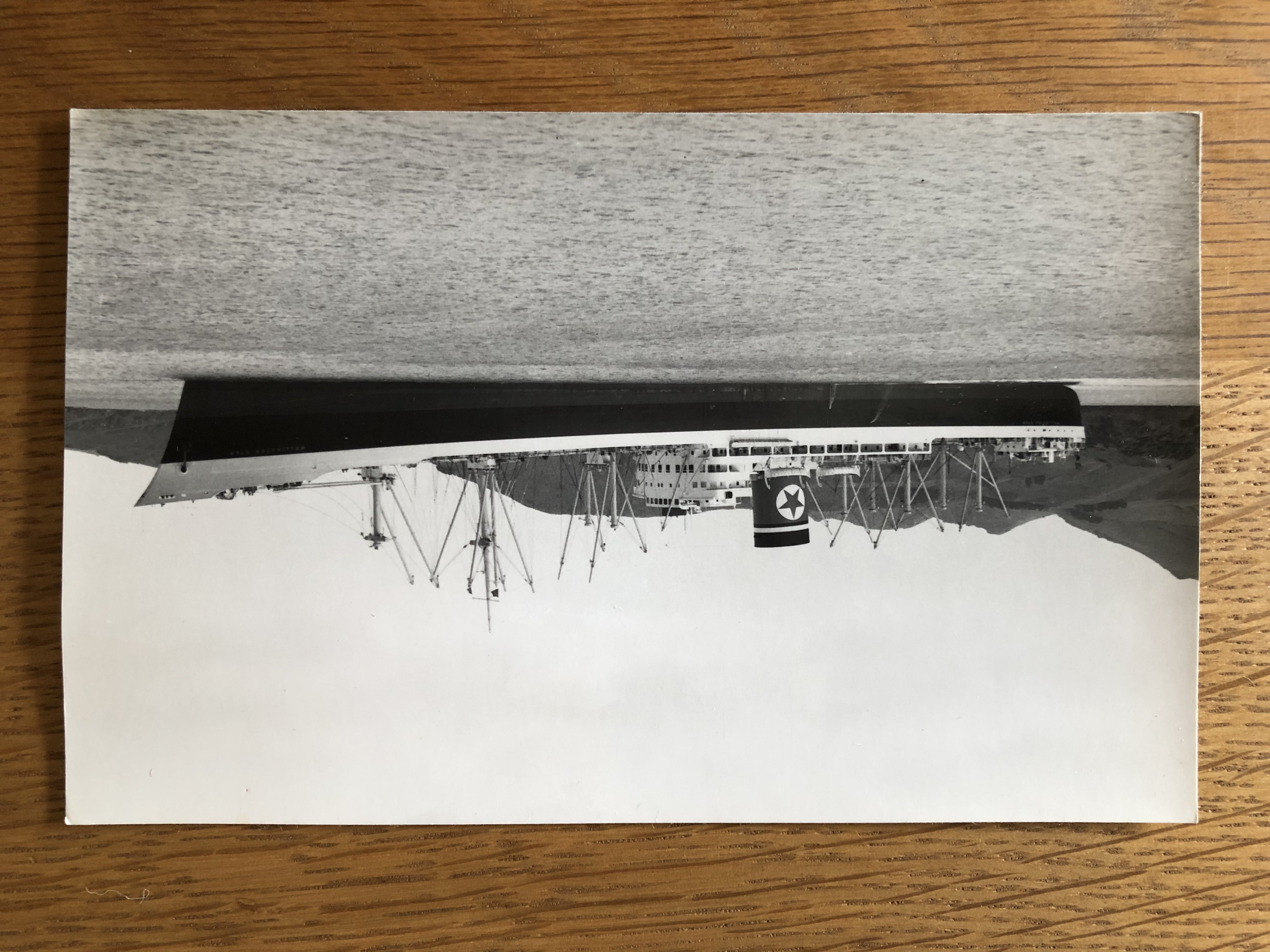 B&W PHOTOGRAPH FROM THE VESSEL THE WELLINGTON STAR