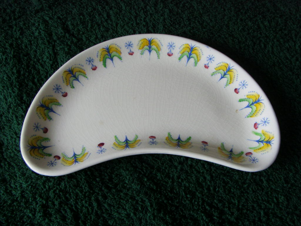 HALF MOON CHINA DISH FROM THE BRITISH & COMMONWEALTH SHIPPING LINE