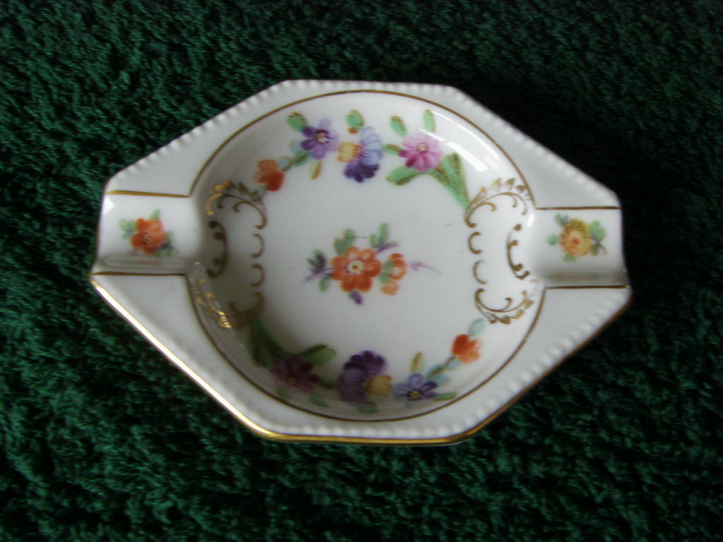 SMALL FLORAL CHINA DISH FROM THE DRESDEN LINE PADDLE STEAMER COMPANY CIRCA 1930's