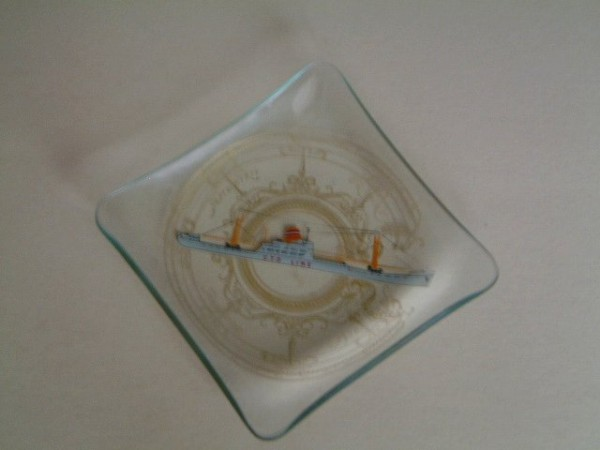 GLASS DISH FROM THE CTO LINE VESSEL 'CIA DE TRANSPORTS OCEANIQUE'