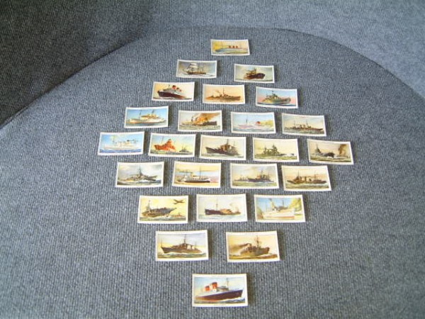 SET OF 1948 CIGARETTE CARDS FEATURING FAMOUS BRITISH SHIPS