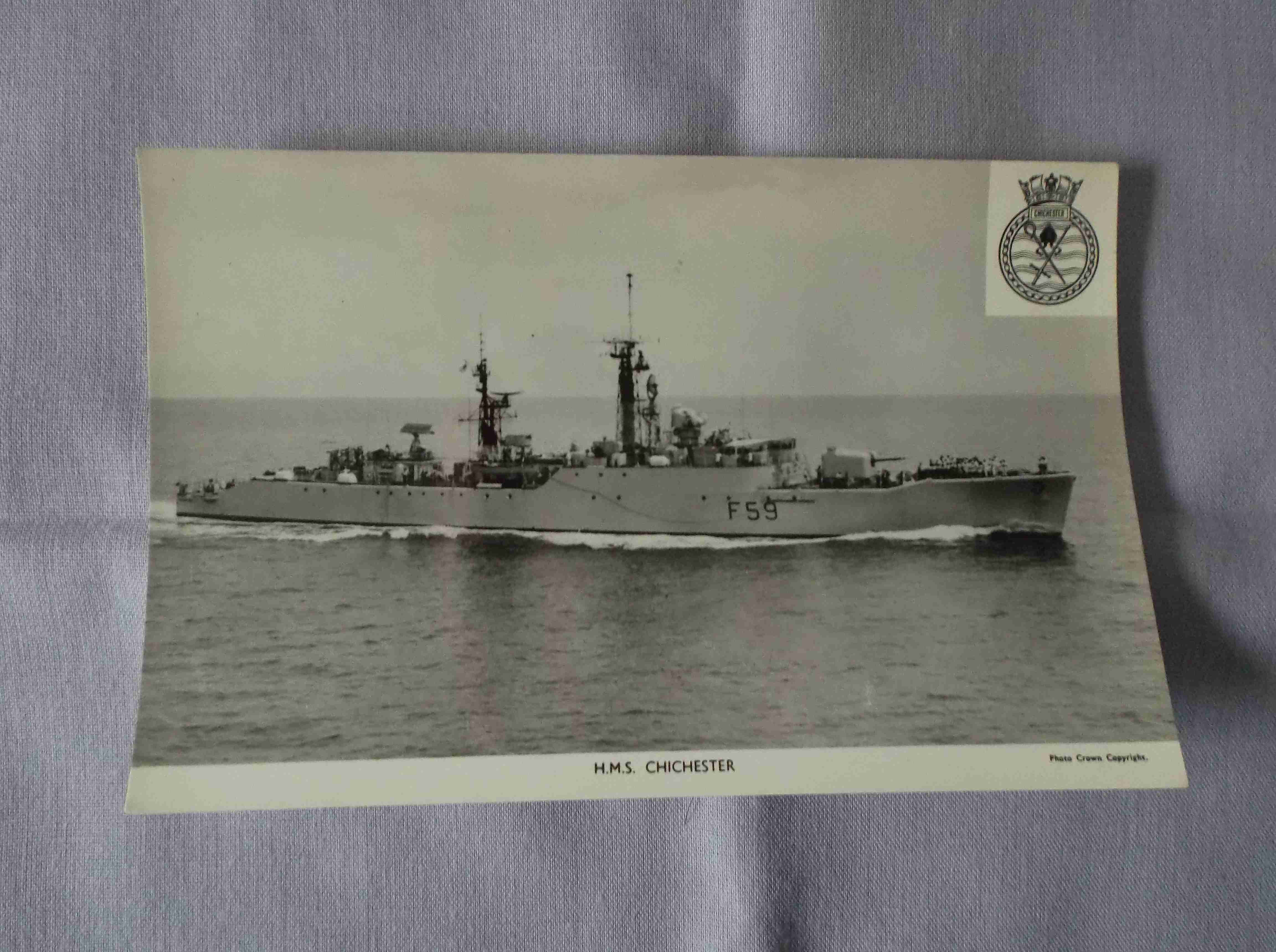 POSTCARD SIZE PHOTOGRAPH OF THE ROYAL NAVAL VESSEL HMS CHICHESTER