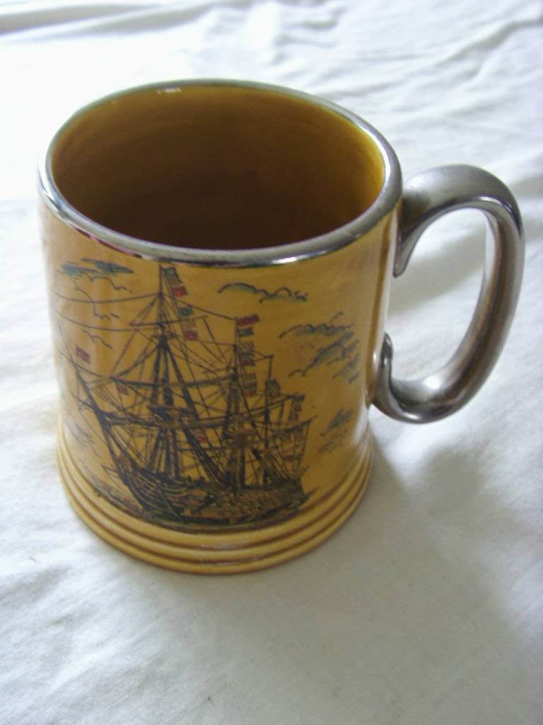 SOUVENIR MUG FROM THE VESSEL HMS VICTORY LORD NELSON'S FAMOUS FLAGSHIP