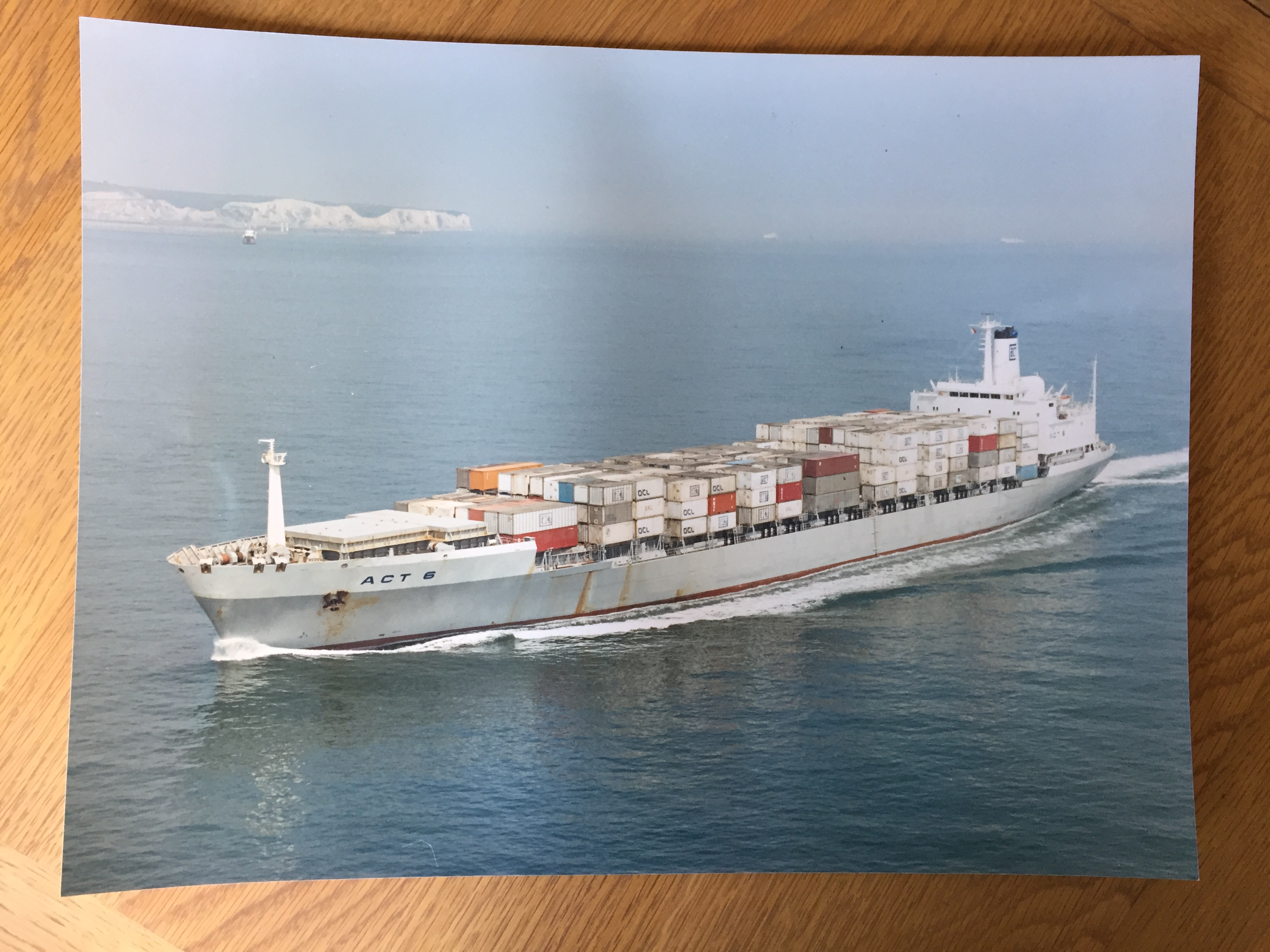 LARGE SIZE COLOUR PHOTOGRAPH OF THE CONTAINER VESSEL ACT 6