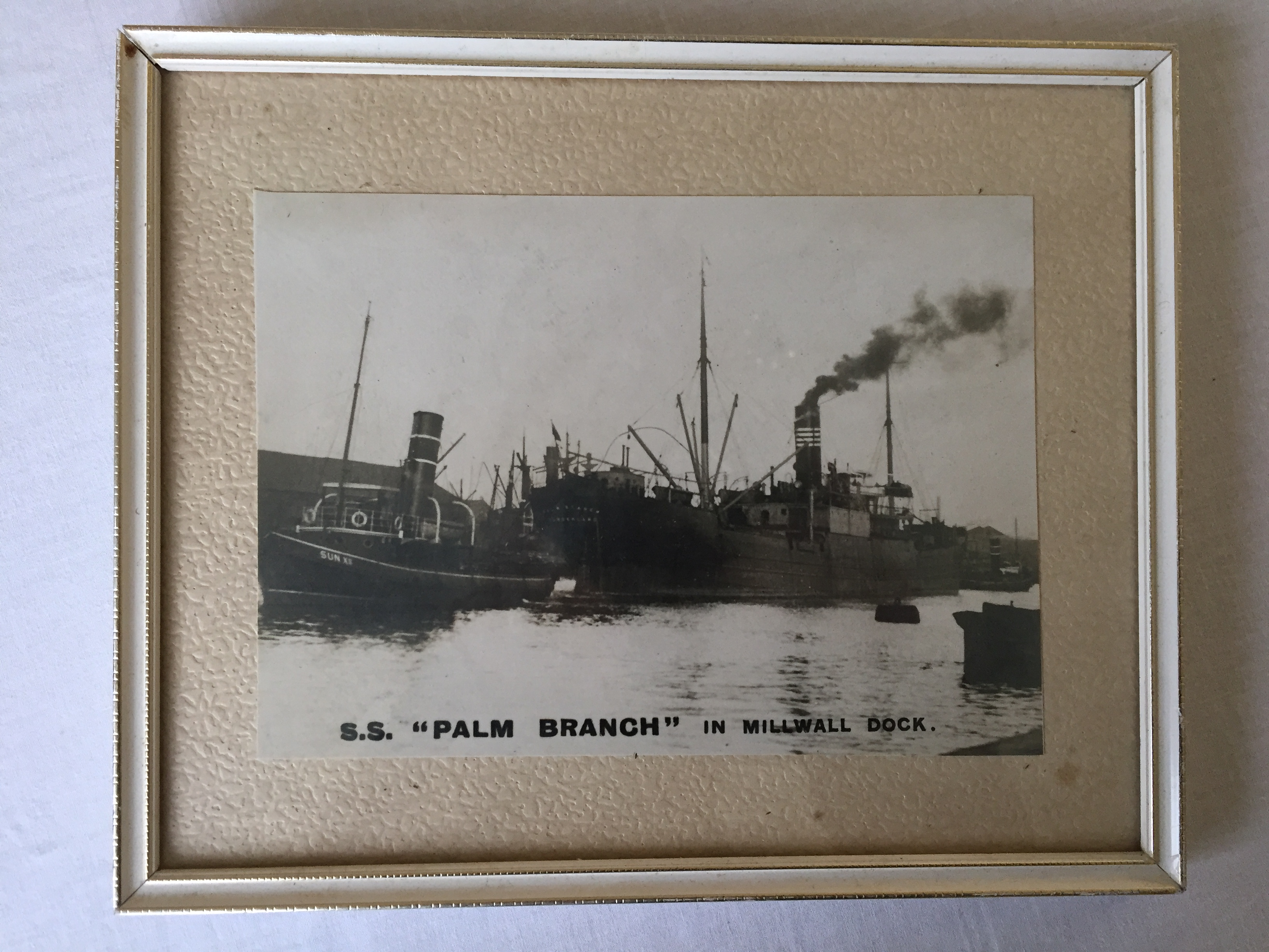 ORIGINAL OLD B/W FRAMED PHOTOGRAPH TAKEN BY THE OLD LIGHTER MAN FRED SMALL OF THE VESSEL THE SS PALM BEACH