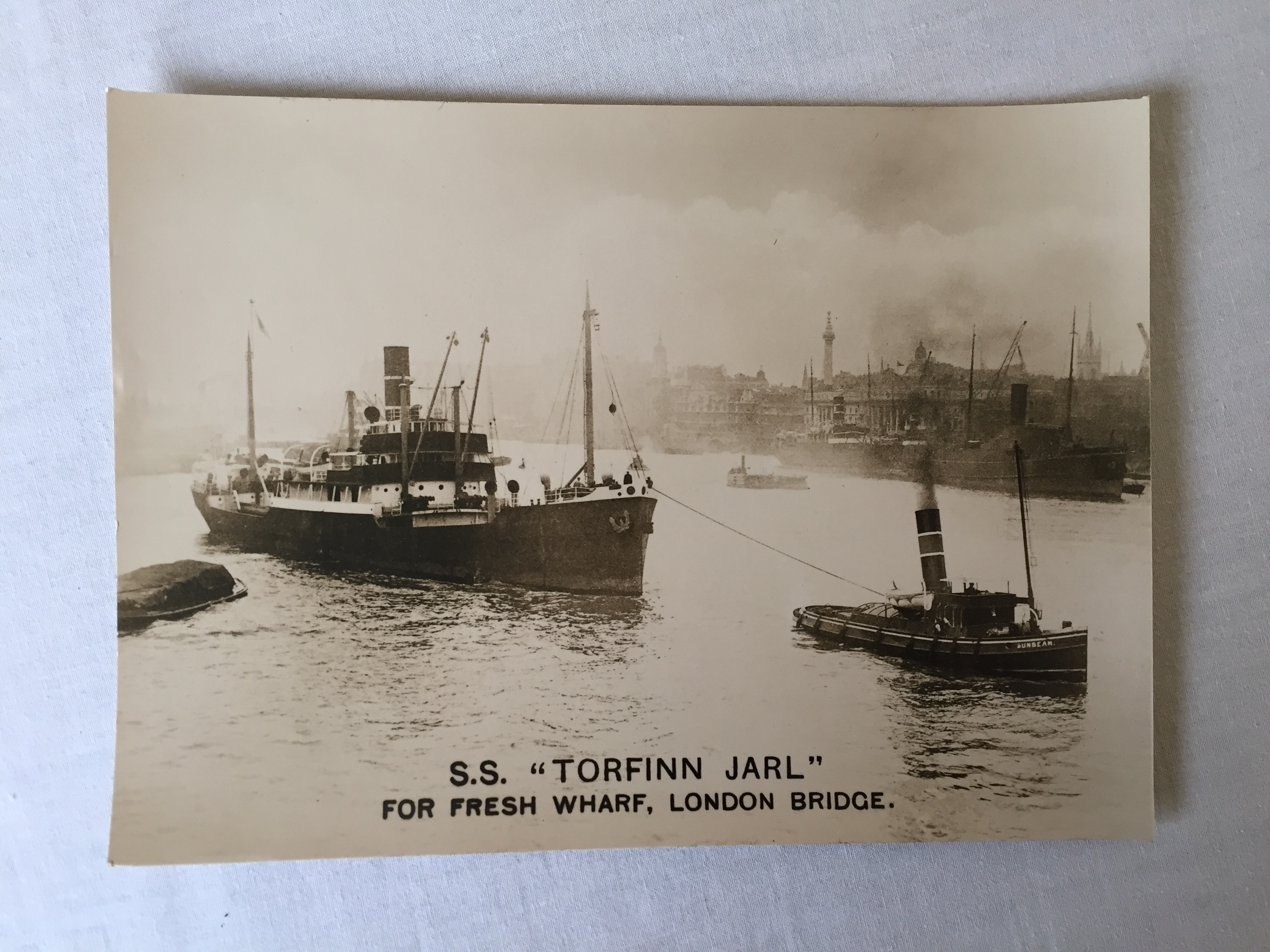 ORIGINAL VERY OLD B/W PHOTOGRAPH TAKEN BY THE OLD LIGHTER MAN FRED SMALL OF THE VESSEL THE SS TORFINN JARL