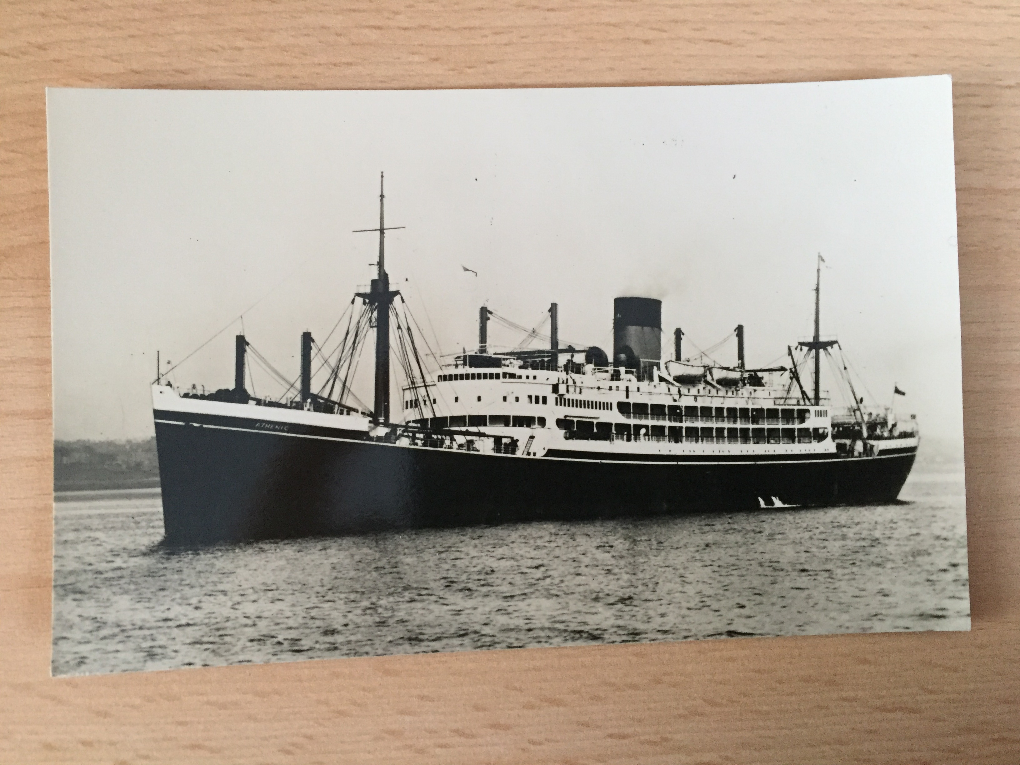 UNUSED B/W POSTCARD FROM THE SS ATHENIC OF THE SHAW SAVILL LINE
