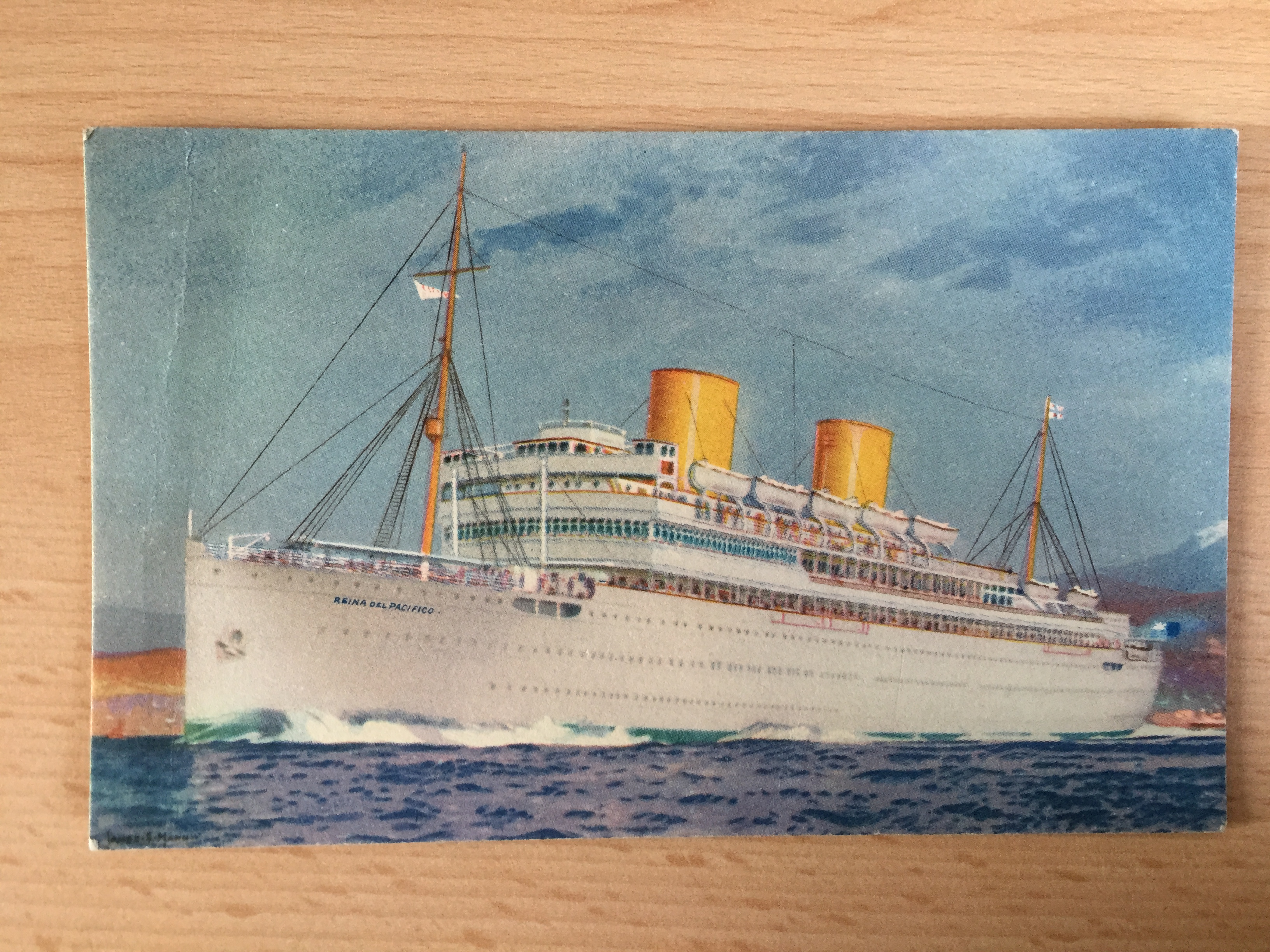 UNUSED COLOUR POSTCARD FROM THE VESSEL THE REINA DEL PACIFICO FROM THE PACIFIC STEAM NAVIGATION COMPANY