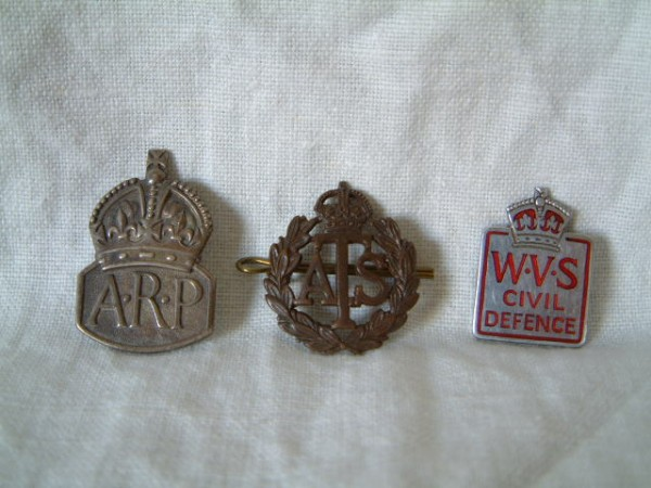 SOME ORIGINAL WW2 METAL BADGES FROM 1940