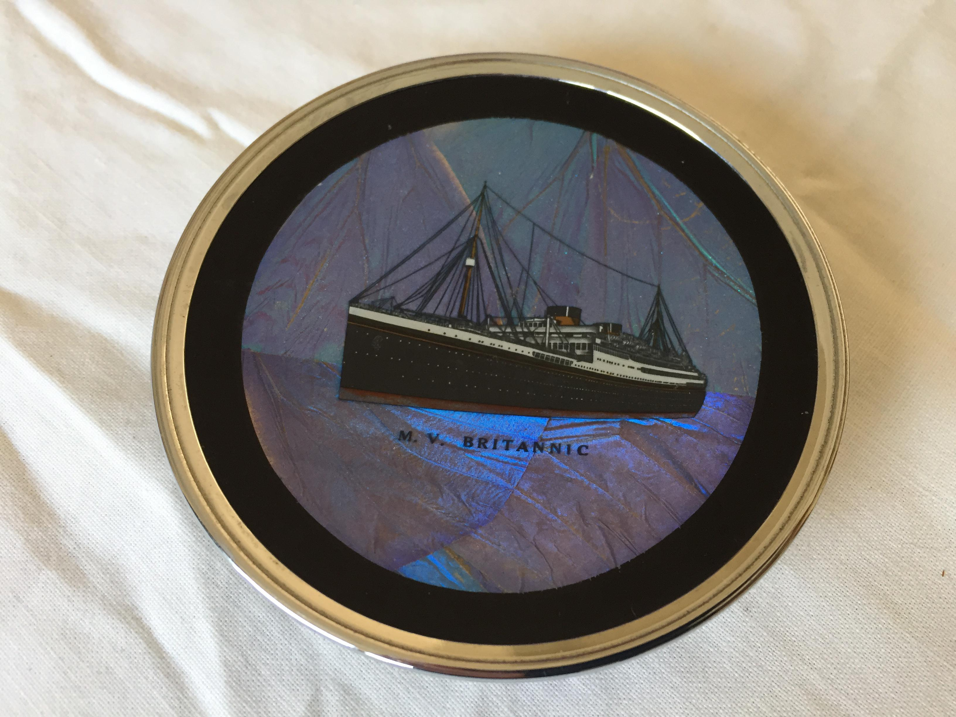 VERY RARE FIND OF A SOUVENIR DISH FROM THE WHITE STAR LINE VESSEL THE BRITANNIC
